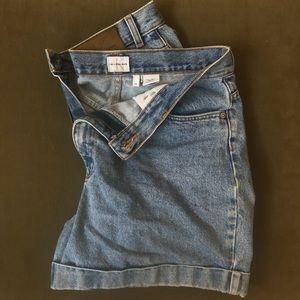 •Vintage Calvin Klein blue denim shorts•